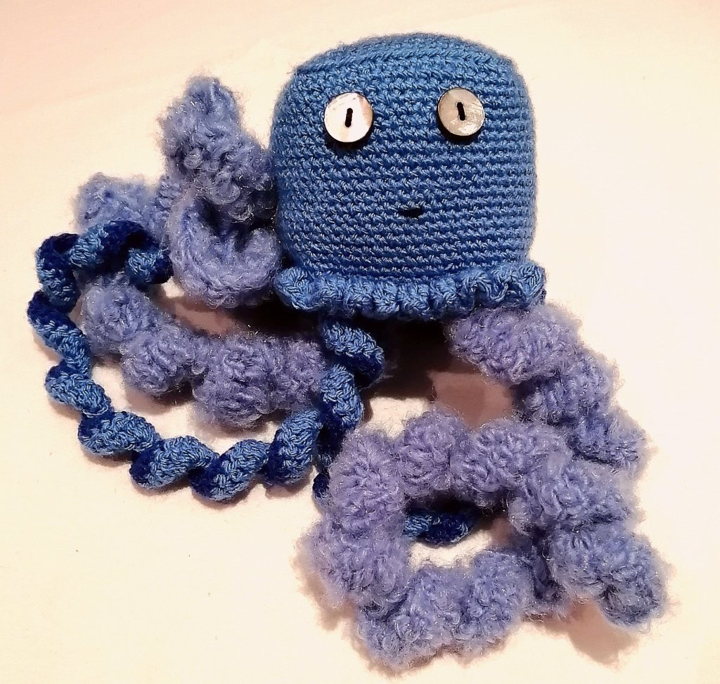Crochet Jellyfish [FREE Crochet Pattern] | 973x1024